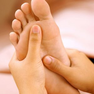 ayurvedic-foot-massage2_amara-yoga-monaghan